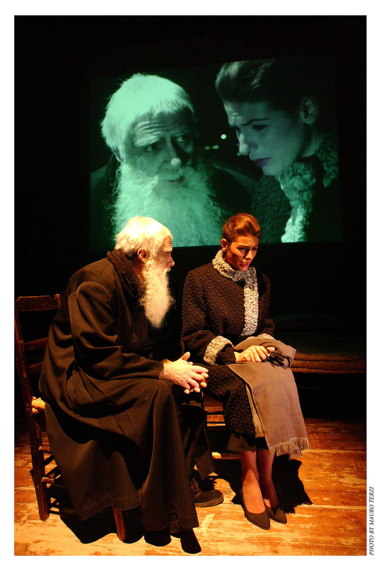 gruppo-teatro-colli-padre-marella-2002-4