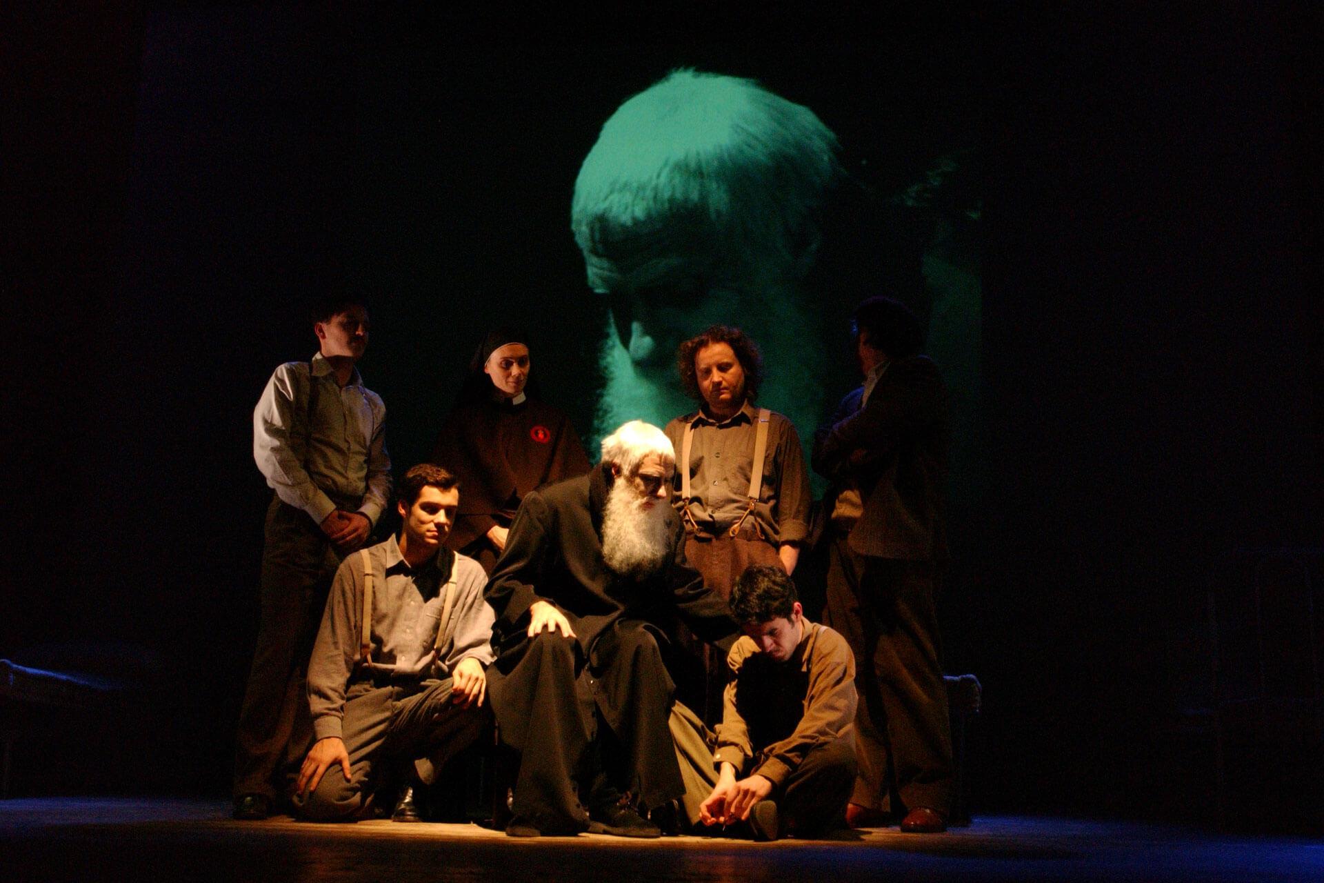 gruppo-teatro-colli-padre-marella-2002-7