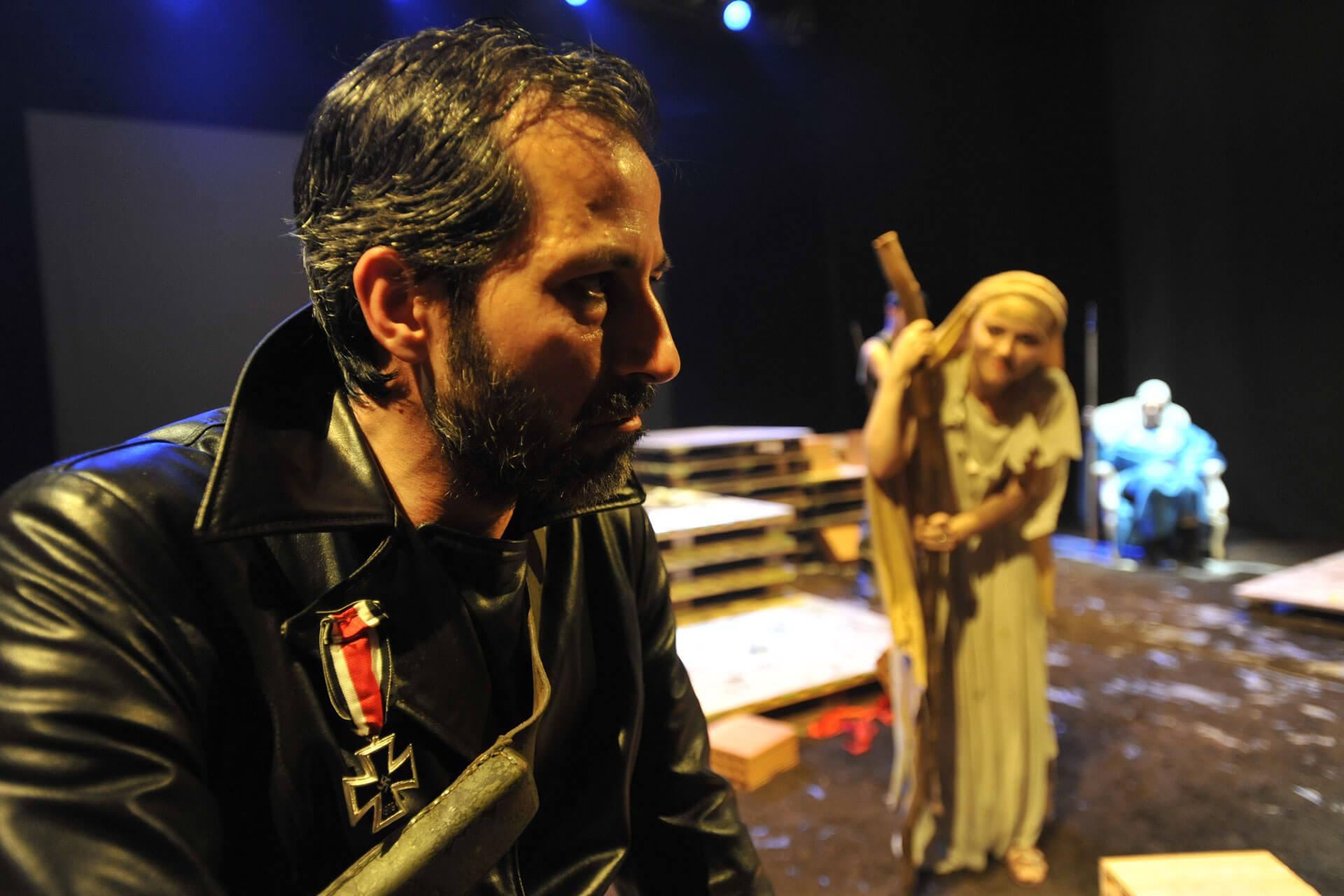 scuola-di-teatro-colli-troiane-baccanti-2010-11