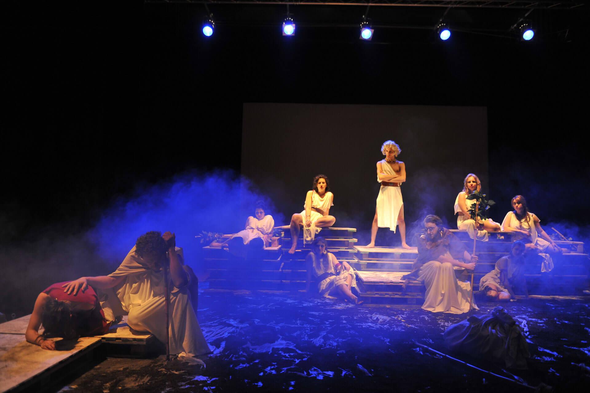 scuola-di-teatro-colli-troiane-baccanti-2010-12