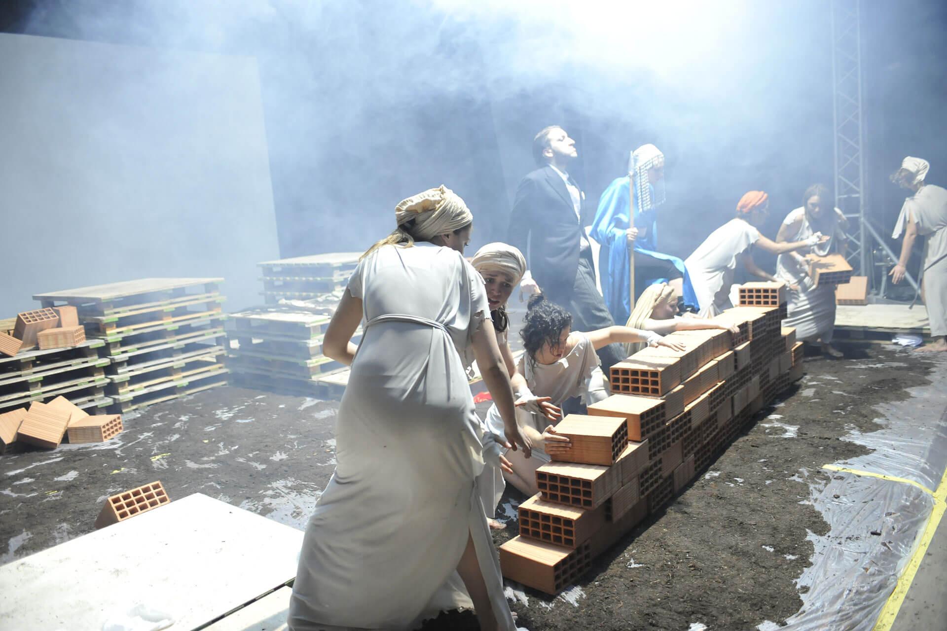 scuola-di-teatro-colli-troiane-baccanti-2010-14
