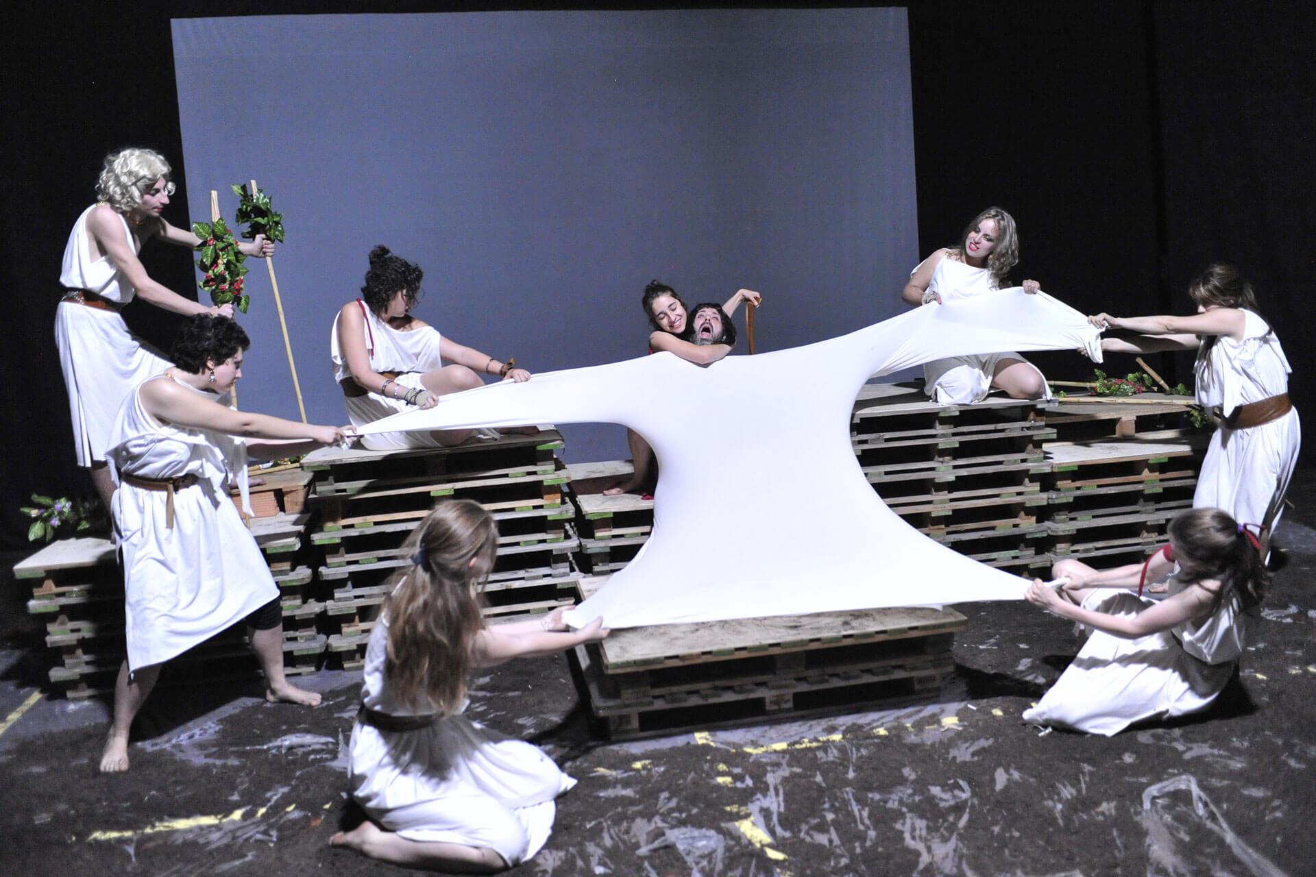 scuola-di-teatro-colli-troiane-baccanti-2010-15